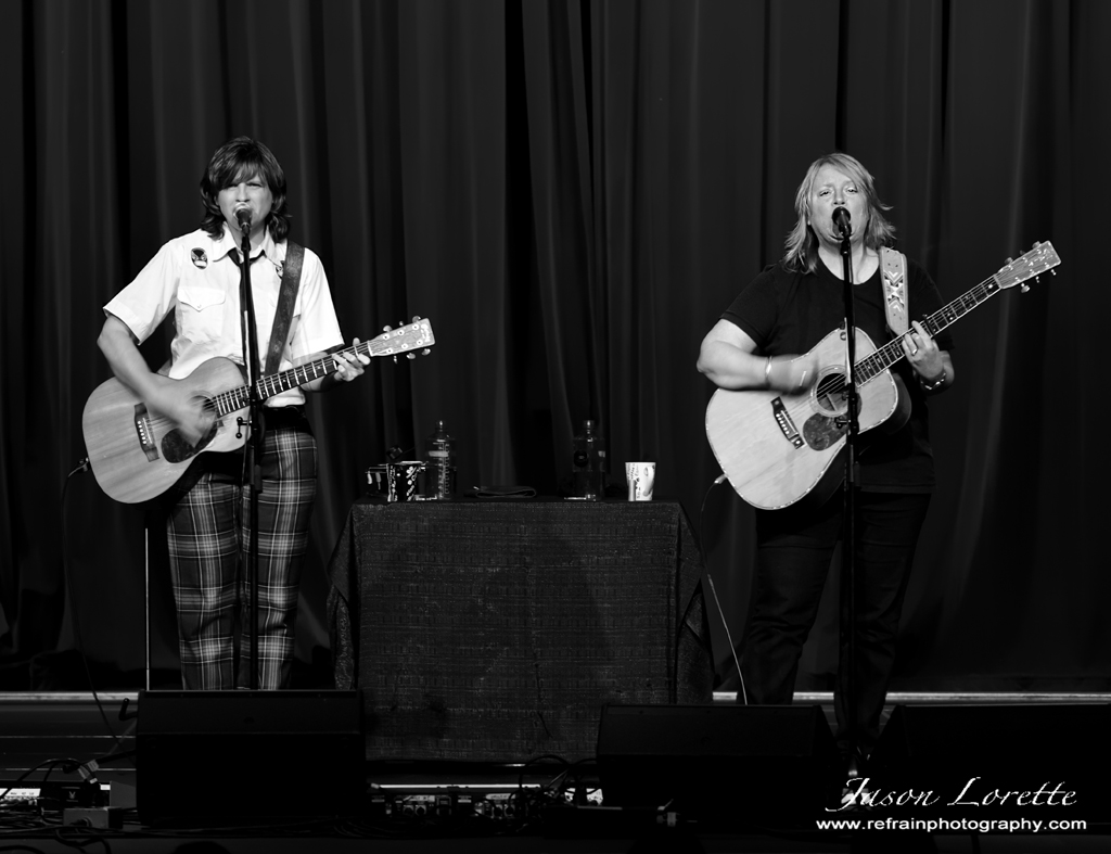 Indigo Girls - Casino NB -  10/22/13 - Refrain Photography