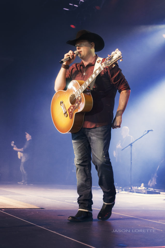 Gord Bamford - Casino NB - 05/20/16 ~ Refrain Photography