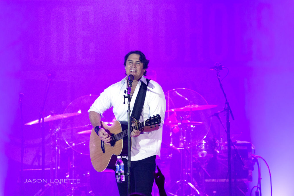 Joe Nichols - Casino NB - 05/20/16 ~ Refrain Photography